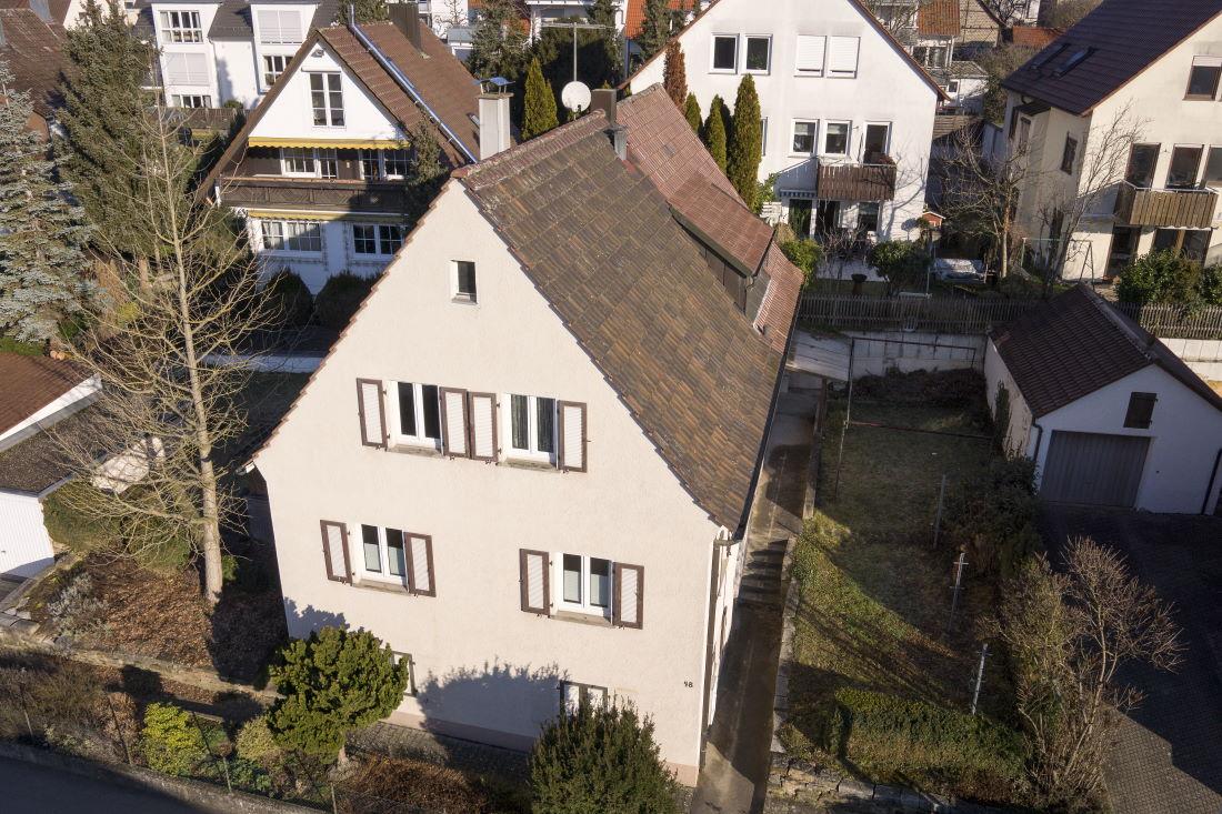 zwei Doppelhaushälften in zentraler Lage
